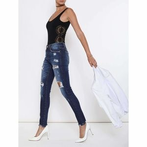 ultrachicfashion.com Jeans - Kan-Can Medium Washed Distressed Jeans